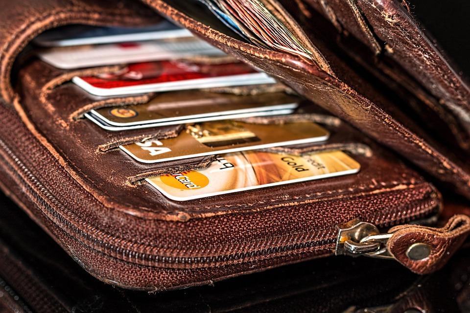 ข้อ ควร รู้ เบื้องต้น เมื่อ ต้องการ ใช้ บัตร เครดิต
